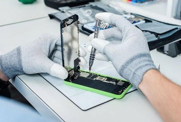 Tips for Choosing a Reliable Mobile Device Repair Service Center