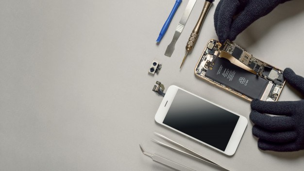 SmartPhone Repair Near Me : Best Options in Your Area